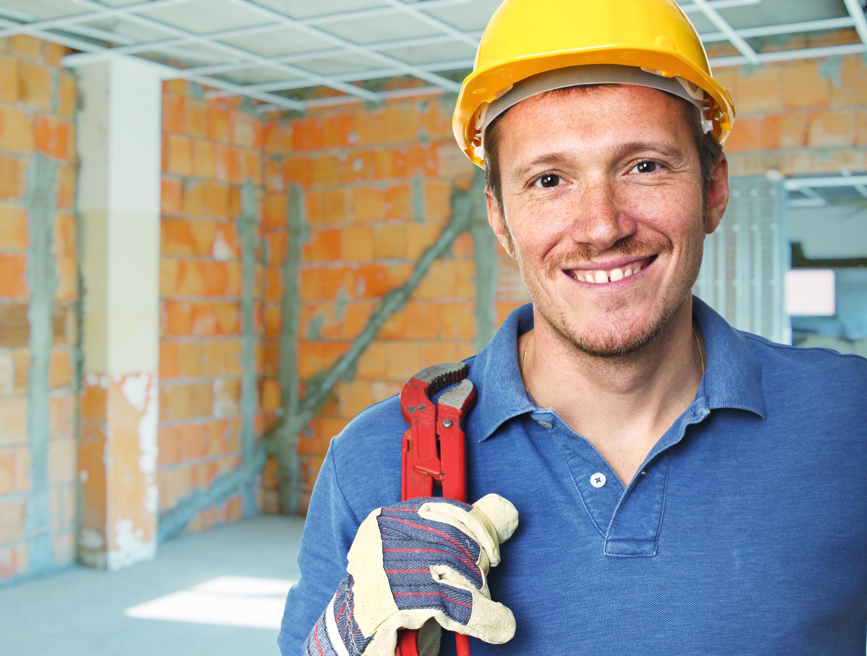 photodune-4529145-smiling-manual-worker-l